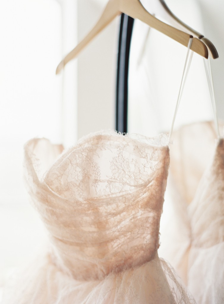 Mint Photography : Fine Art Photography :Pink Parasol Designs and Coordinating : Austin Wedding Photography