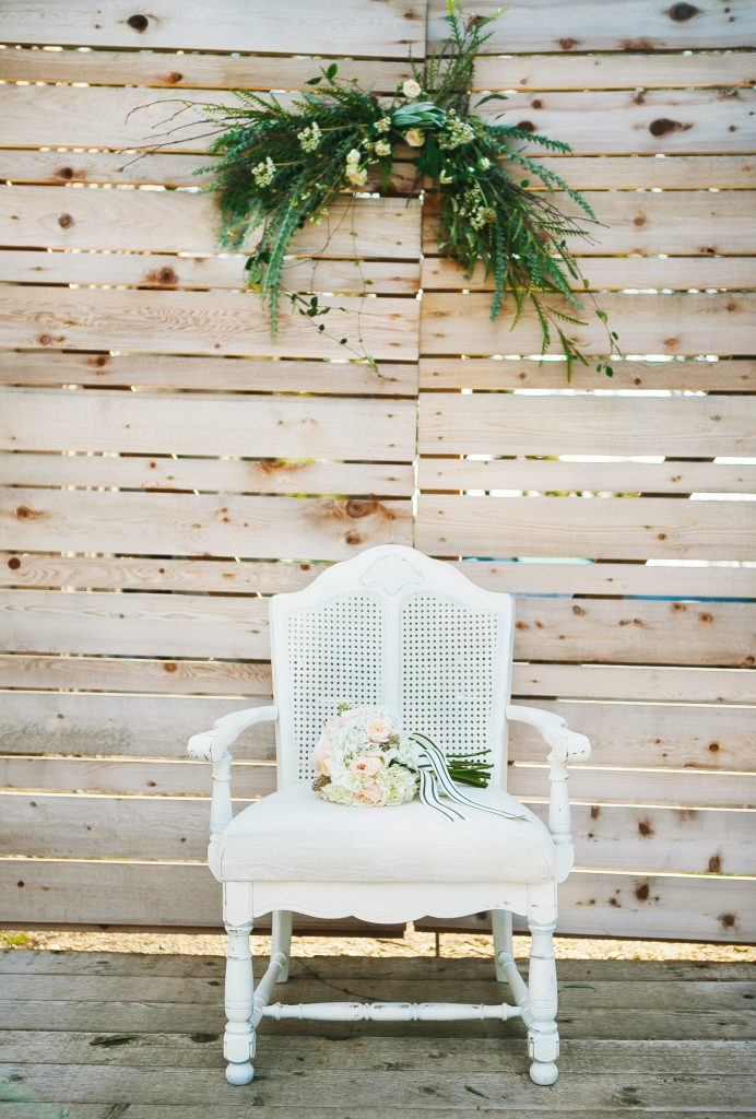 Stonehouse Villas : Al Gawlik Photography : Bee Lavish Vintage Rentals : The Flower Girl : Pink Parasol Designs and Coordinating