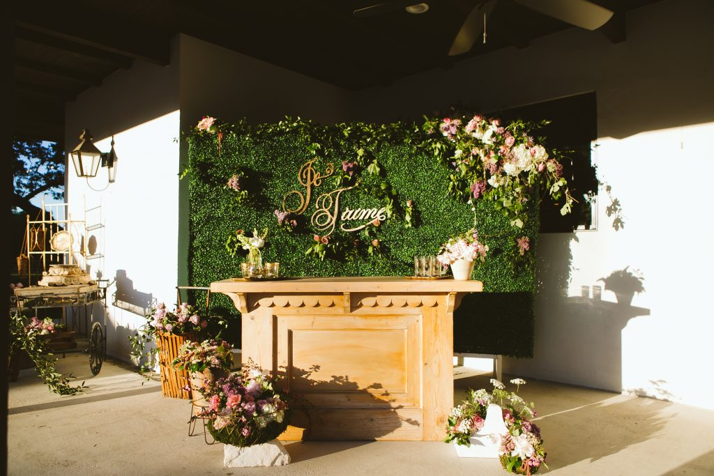 French Inspired Hill Country Wedding : Garden Grove : Al Gawlik Photography : Pink Parasol Designs and Coordinating : The Flower Girl TX : Bee Lavish Vintage Rentals : Whim Event Rentals