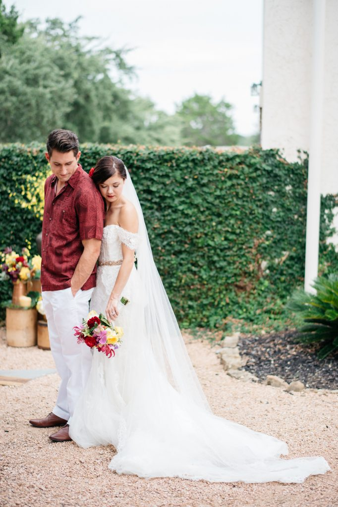 Havana Styled Wedding : Hamilton Twelve : Sarah Goss Photography : Pink Parasol Designs and Coordinating